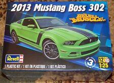 Revell Monogram  2013 Ford Mustang Boss 302 Model Kit 1/25 4187