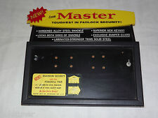 VINTAGE OLD LOCK MASTER PADLOCK  SECURITY STORE COUNTER  & WALL DISPLAY