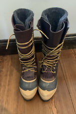 Womens Whites Custom Boots. CB Claw Style. Used, Size 8.5/9