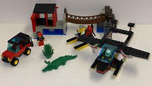 Q Lego Town Gator Landing GUC 6563 W/ Manual 100% Complete