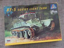ITALERI 272 - WWII BT-5 SOVIET LIGHT TANK - 1/35 MODEL KIT