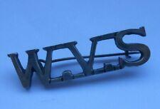 2ww  WVS  on war service brooch  badge