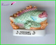 "Feve de collection Poisson Fish Edition Atlas "" Le Perroquet du Pacifique "" #E30"