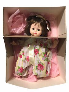 "14"" Brunette Madame Alexander Yellow Ribbon Pussycat Doll 1998 Original Box EUC"