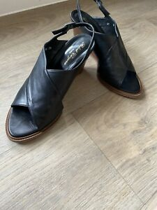 Robert Clergerie Black Sandals Wedge Beautiful 39.5 Says 41