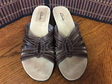 Clarks ladies sandals size 6M leather brown strappy F36