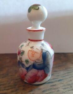 Mini Flacon En Porcelaine De Bayeux 19ème Epoque Gosse decor au chinois