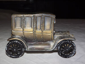 VINTAGE  CITIZENS COMMERCIAL  BANK CELINA OHIO OLD METAL1912 CAR COIN SLOT BANK