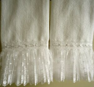RUFFLE LACE Fingertip or Guest Towel (2) WHITE Velour 100% Cotton by UtaLace NEW