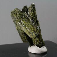 157.10ct Spray Epidote Crystal Gem Mineral Green Pakistan PerCas7 03