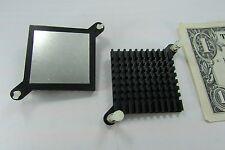2 Aavid Thermalloy Thin Aluminum Heatsinks, Corner Snap-In Mounting Posts 317454