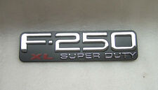 NEW  99 04 FORD F250 SUPER DUTY XL EMBLEM FENDER NAME PLATE RH LH F81Z-16720-LB