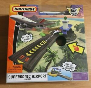 MATCHBOX Skybusters SUPER SONIC AIRPORT Playset NIB Free USPS Priority Ship