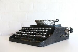 Antique Remington Portable- Compact Manual Typewriter - Great Working Condition