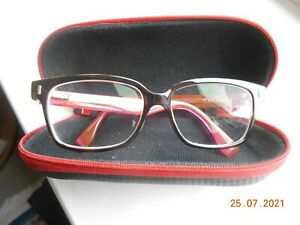 Fendi ladies designer fashion spectacles. Used. Model # FF0035. Black and Pink.