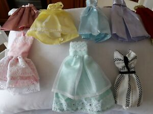 8 Barbie Or Small Dolls Clothes
