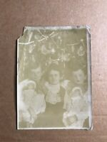 VERY ⚡️RARE&ODD ⚡️1890s CHRISTMAS TREE PHOTO🎄BROTHERS HOLDING DOLLS 5X7 AS-IS