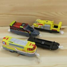 RESCUE FIRE ENGINE & CAR LOT - TOMICA HYPERCITY - TOMY TRACKMASTER TRAIN TESTED