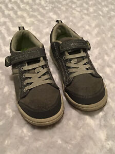 Stride Rite Boys Made To Play Kaleb Size 12M In EUC Casual Sneaker