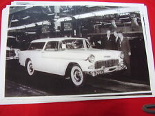 1955 CHEVROLET NOMAD END OF ASSEMBLY LINE  11 X 17  PHOTO /  PICTURE