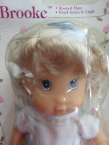1990 VINTAGE BABY DOLL BROOKE MOVABLE VINYL ARMS & LEGS AGES 3 & UP OR COLLECTOR