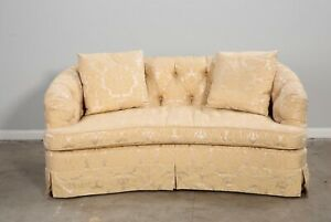 A Luxurious Traditional Cream Damask Upholstered Loveseat