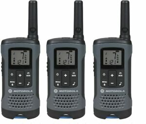 3pk NEW Motorola T200TP 22 Channel up to 20 Mile Rechargeable Two-Way Radio Gray