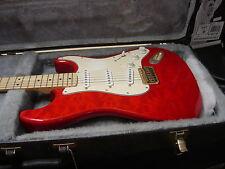= GUITAR & CASE - Fender Stratocaster (mexico) Red Transparent 2002