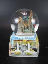 Wien Stephansdom  Schneekugel Glanz Sockel Snowglobe 9 cm,Souvenir Austria