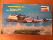 1:144 Minicraft nr.14447 The Independence Douglas c-118. KIT DE MONTAGE