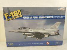 Kinetic Lockheed F-16D Polish Air Force Advanced Viper 1:48 Model Kit