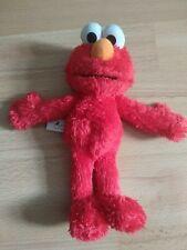 """Sesame Street  Elmo 9"""" Hasbro 2010 Action Soft Toy Squeeze Fun Plush"""