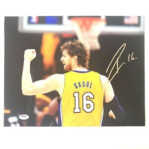 Pau Gasol Signed 11x14 Photo PSA/DNA Los Angeles Lakers Autographed Kobe Bryant