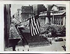 photographie vintage . Etats-Unis . New York . the war parade de 1942
