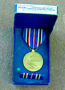 Vintage WWII American Campaign Medal Complete w/ Original Box & Ribbon Bar