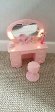 Barbie/Sindy style dressing table... Lights up!! No doll.