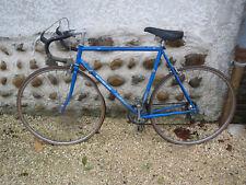 velo former motobecane vieux cycle made in France old bike vintage