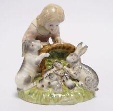 Porzellan-Antiquitäten & -Kunst-Figuren mit Mädchen-Motiv