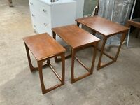 Vintage Retro Mid Century Style Teak Effect Wooden Nest 3 Tables