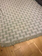 Huge Vintage Style Cotton Acrylic Bedspread Blanket 2.4 X 2.6 Metres, Green