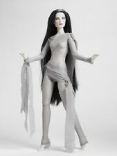 Tonner HAUNTED Rare Halloween Convention Doll NRFB - Beautiful!