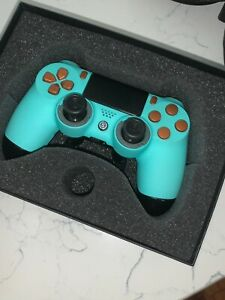 Ps4 scuff controller great condition and box + 5% off next scuf order code.