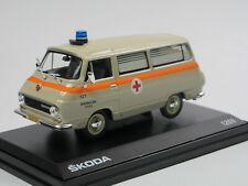 Abrex Skoda 1203 Sanitka Ambulance Krankenwagen CZ 1974 Modellauto 1:43