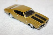 2001 GM 1969 Gold Oldsmobile 442 Readers Digest Promo Car