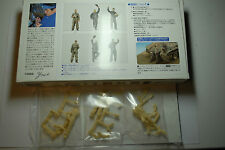 1/35ème LETTER FROM HOME N° 1  -  3 FIGURINES en RESINE - GUNZE SANGYO G-2204