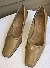 AEROSOLES Tan Taupe Pumps SZ 7.5 Patent Leather Heels Square Toe Classic Nude