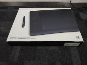 Wacom Intuos Pro Pen & Touch L PTH-851 Grafik Zeichen-Tablet / Grafiktablet USB