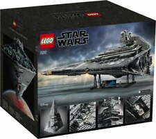 LEGO Star Wars Ultimate Collector Series Imperial Star Destroyer Set 75252 New