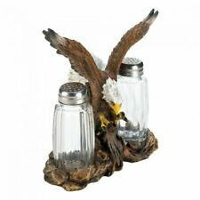 Eagle Statue with Salt and Pepper Shake Container Set