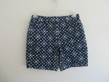 NWT Womens Lands End Navy, Blue and White Patterned Mid Rise Shorts Size 4